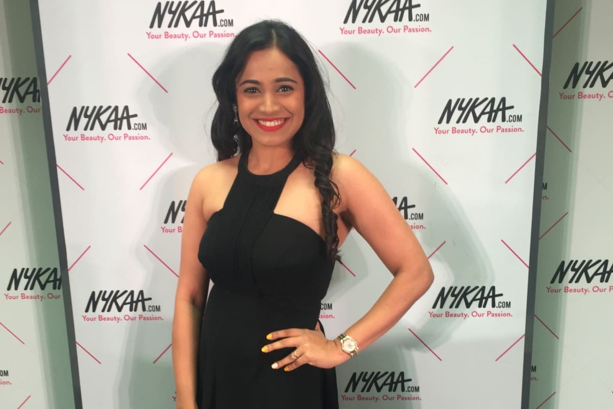 Anchor Reena Dsouza hosts Nykaa.com first ever beauty bar in Bangalore