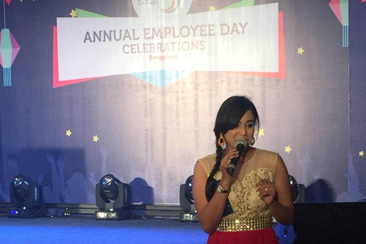 Multilingual MC Reena hosts Navitas Life Sciences Annual Employee Day 2017