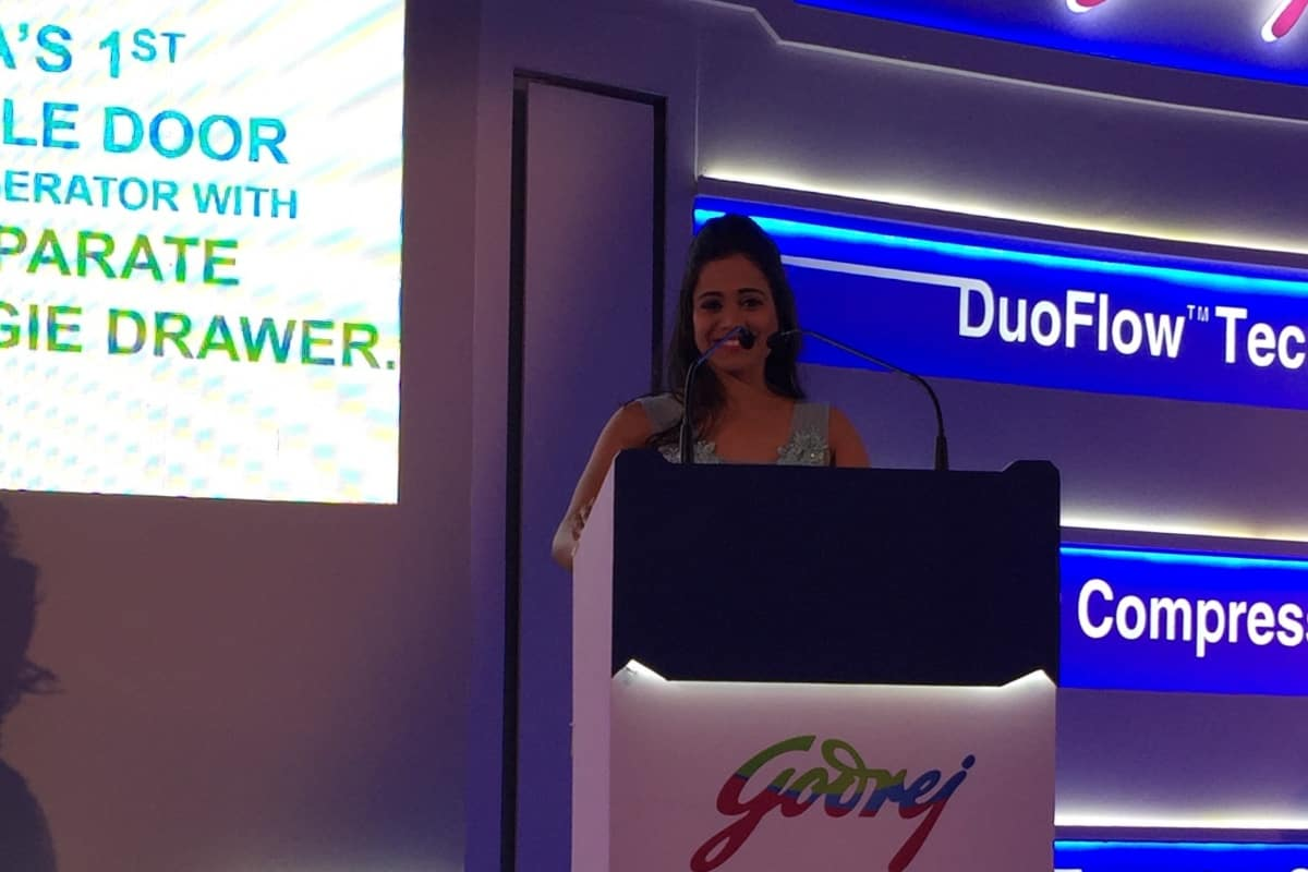 Star Sports Anchor Reena Dsouza hosts Godrej Edge Duo refrigerator launch in Chennai